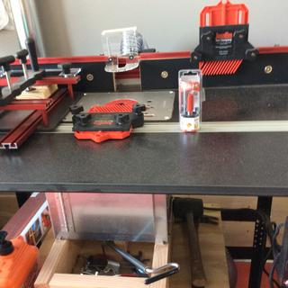 Router table dust collection kit rockler woodworking and hardware rockler dust bucket under woodpecker router table keyboard keysfo Images