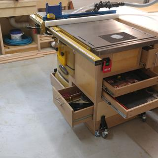 Incra master lift ii router adjustment system for rockler tables dust collection and drawers under the lift greentooth Image collections
