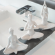 Collection figurines « Yoga » par Torre & Tagus