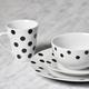 Ensemble de vaisselle 16 pièces «Bristol Dot» par LC Studio