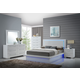 New Classic Sapphire 4pc Platform Bedroom Set in White B2643-