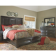 Townser 5-Piece Queen Bedroom