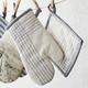 La Maison Blanket Plaid Oven Mitt