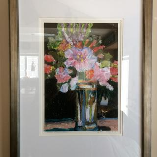 Flower vase in pastels