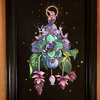 I fell in LOVE with this frame. It's so beautiful! And so did the collector that bought this piece!