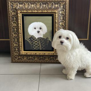 Crown & Paw portrait in RRF2 Gold Frame.