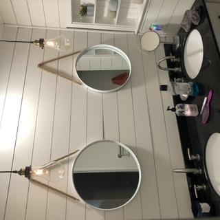 Nice look - combined with pot light to provide proper bathroom lighting. But looks really cool