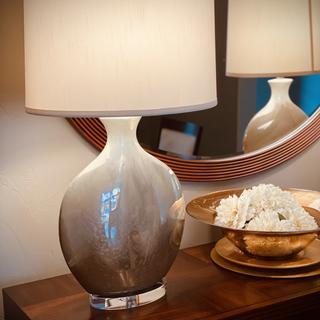 The Marci Ivory Drip Round Ceramic Drip Table Lamp