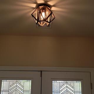 Absolutely love this light !! Beautiful great quality.