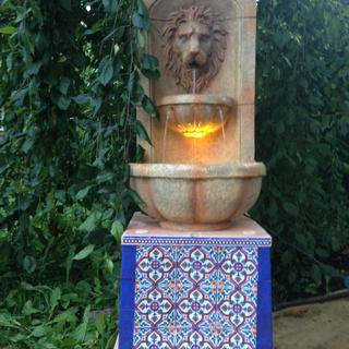 Lion Head fountain with Andalusia base 1