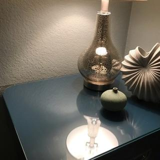 Love the way the light seems to shine through the lamp base