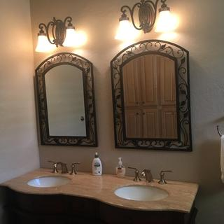 Gorgeous mirror!  Great for Mediterranean or Southwest or rustic sled or styles!