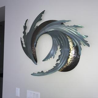 Stunning wall art...looks really good on the wall!