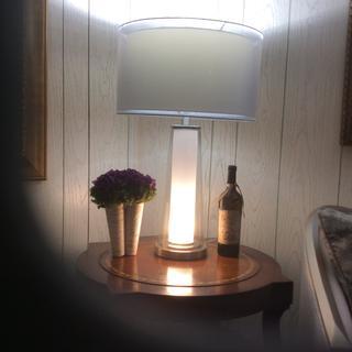 Top and bottom light