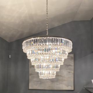 This chandelier honor its name! It truly is Magnificent!