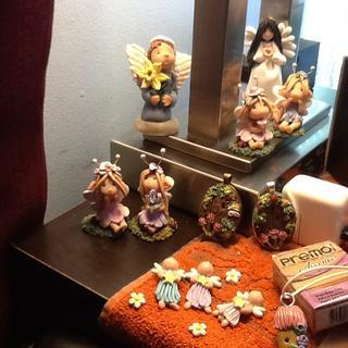 Really illuminates my finished dolls and jewelry!