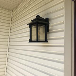 Front porch light