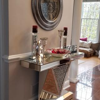 Milla Geometric-Cut Mirrored Console Table with clock and red accent