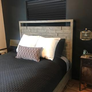 Bedroom light provides good lighting and an appealing aesthetics!