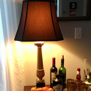 Great shade addition to this vintage lamp