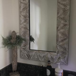 Very substantial, rustic & refined. Love subtle black inner rim, too. Great above bathroom sink!
