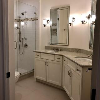 Great mirrors for a bathroom remodel
