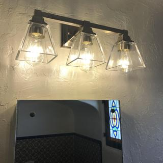 Love that this fixture is not too glaring. Love the look and the lighting.