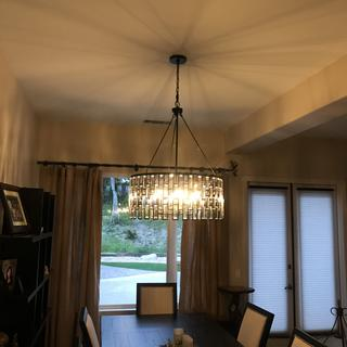 provides great dimmable lighting  to dining area