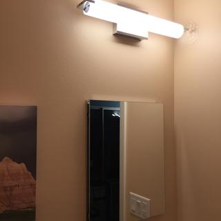 A great small space solution. Lights up the whole 1/2 bathroom with just this fixture.