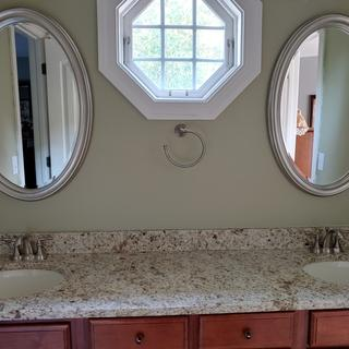 Guest Jack and Jill bathroom remodel.