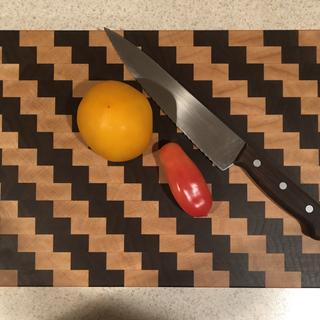 Makes it easy to glue cutting boards easy cleanup.