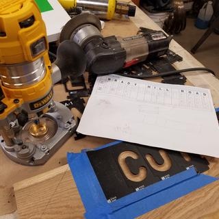 Making signs for my trails with DeWalt mini router