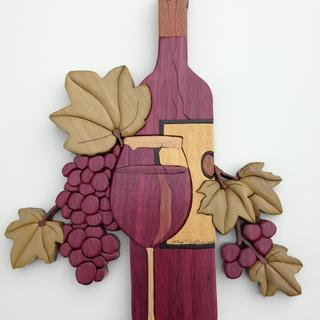 Intarsia wine bottle