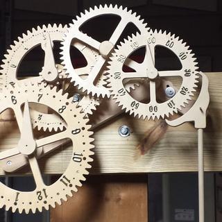 Working, baltic birch, geared, clock
