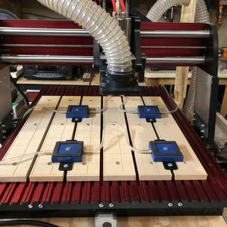 4 vacuum pads that can be moved within the grid of my CNC Shark HD4.