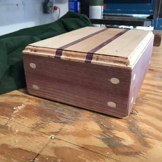 Corner Key Doweling Jig on a keepsake box