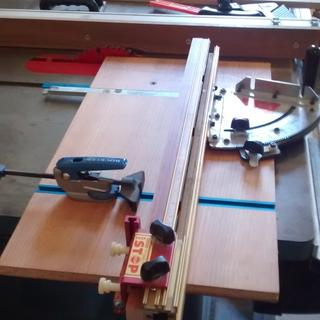 table saw sled with Rockler tracks