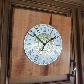 Spade clock hands - a classic look!