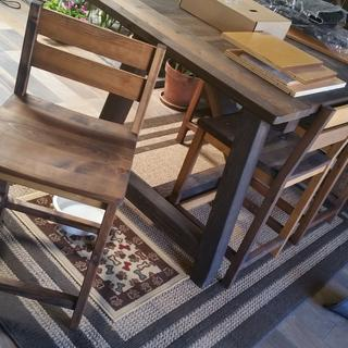 Dining stools made with the Beadlock system