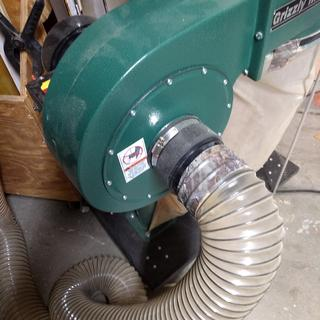 Connection to dust collector