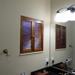 Inside mount for bathroom window