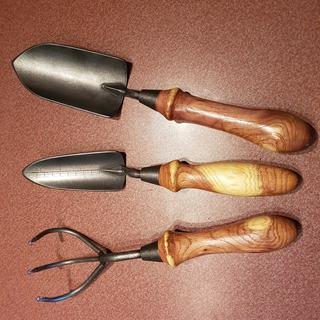 Nice quality tools that make great family gifts.  These handles are made from West Texas mesquite.