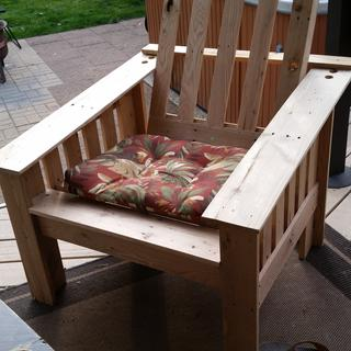 Oak pallet wood chair