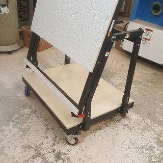 Material Mate with FRP and all four casters