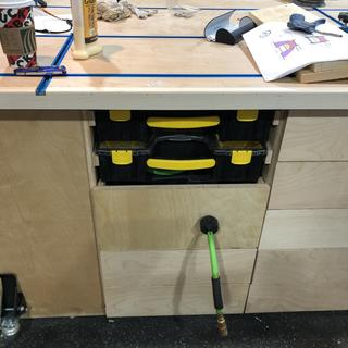 Rockler hose reel in place under work bench
