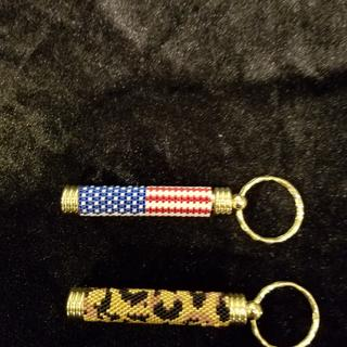 These toothpick holder keyrings worked really well with my beadweaving projects