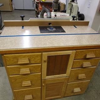 Works great in my shop built table/cabinet.