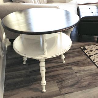 Refinished table using chalk paint, wood stain and General Finishes clear satin sealer