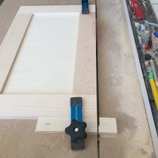 Fast and accurate cabinet door trim jig