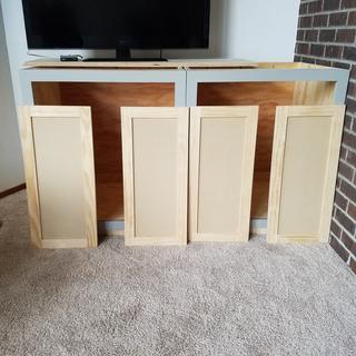 Shaker cabinet doors for face frame built-ins.
